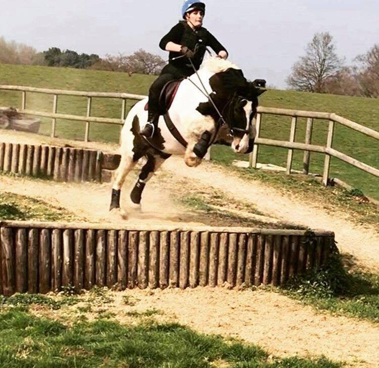 Bonnie\'s cob flies when he is on Liquid Air!